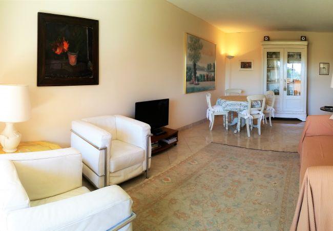 Appartement à Mandelieu-la-Napoule - [13la] 3 PCS TERRASSE SUD-EST VUE GOLF & PISCINE