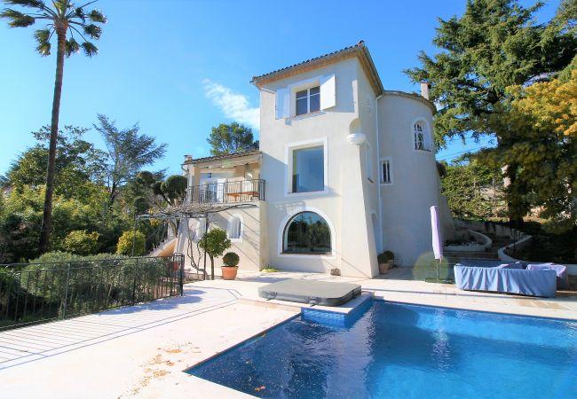 Villa à Golfe Juan - VILLA SUPER CANNES - CLIM - PISCINE [OVI3438]